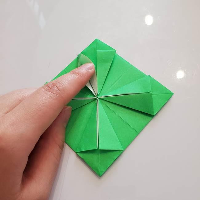 菊の折り紙 1枚で簡単にできる作り方折り方(28)