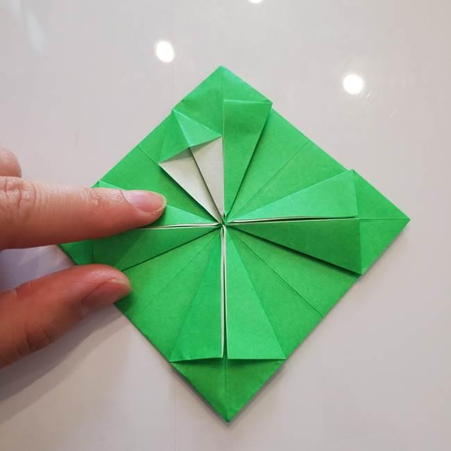 菊の折り紙 1枚で簡単にできる作り方折り方(29)