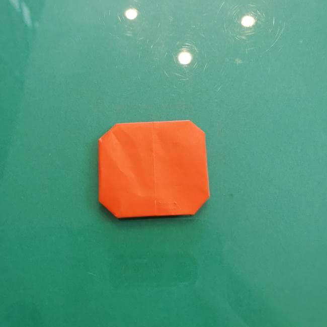 11月の折り紙 柿の壁面フレームの作り方①柿の折り紙(3)