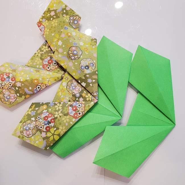 お月見たぬきの折り紙リースの作り方①リース(3)