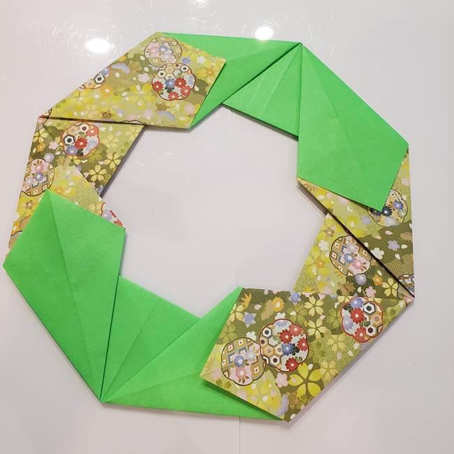 お月見たぬきの折り紙リースの作り方①リース(4)