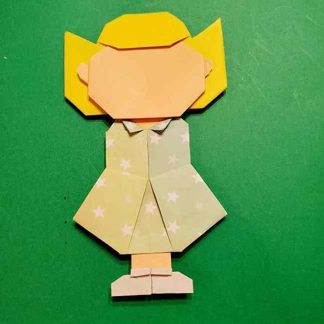スヌーピーの女の子サリー(全身)の折り紙*折り方作り方⑦完成 (3)
