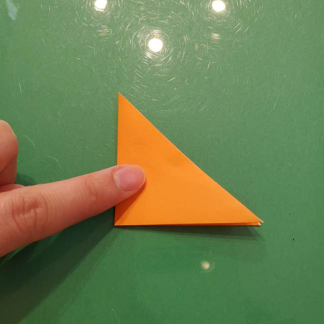 松ぼっくりの折り紙 平面で簡単な作り方折り方①-3