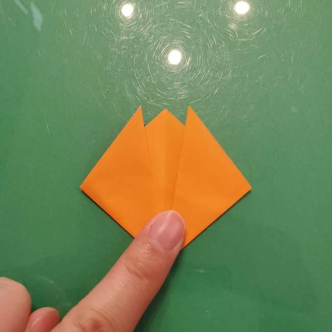 松ぼっくりの折り紙 平面で簡単な作り方折り方①-5