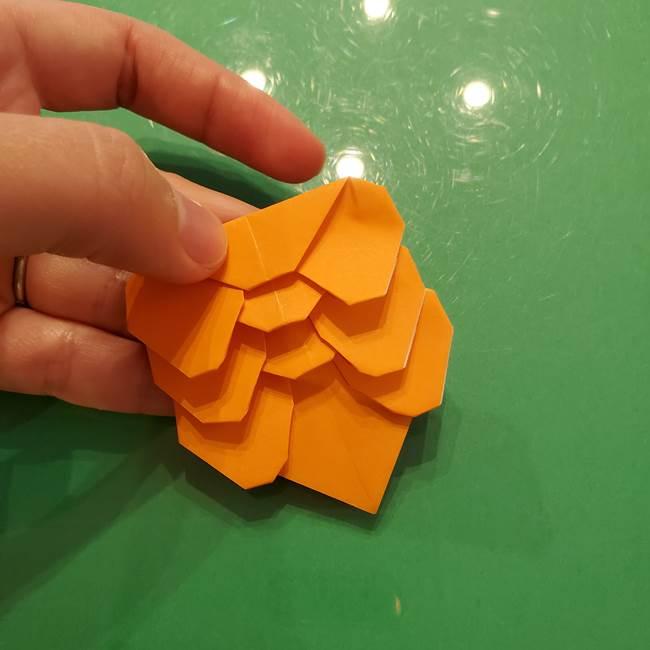 松ぼっくりの折り紙 平面で簡単な作り方折り方②-2