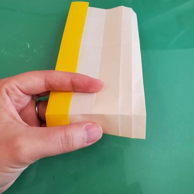 11月の折り紙 きのこの折り方 立体ver.②折る(1)