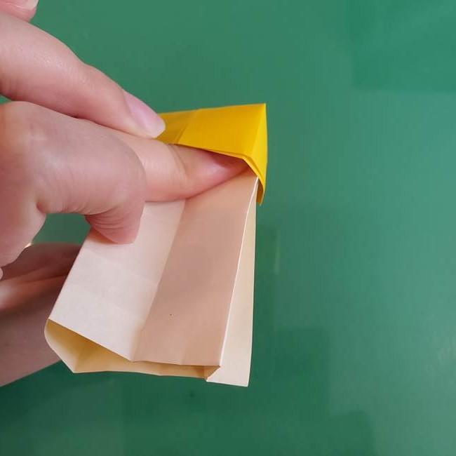 11月の折り紙 きのこの折り方 立体ver.②折る(11)