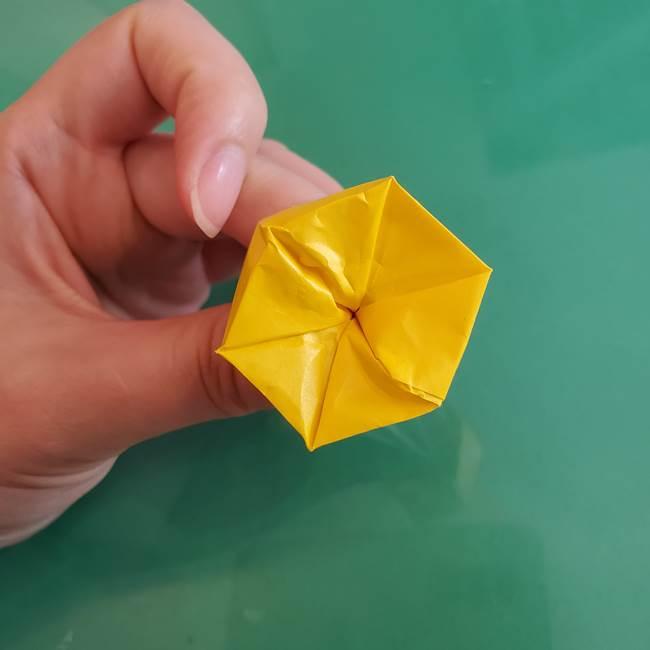 11月の折り紙 きのこの折り方 立体ver.②折る(17)