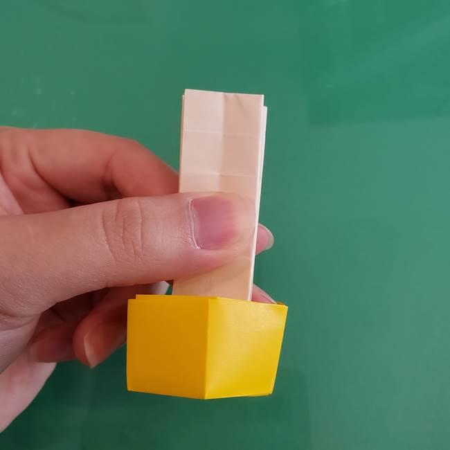 11月の折り紙 きのこの折り方 立体ver.②折る(19)