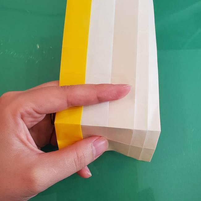 11月の折り紙 きのこの折り方 立体ver.②折る(2)