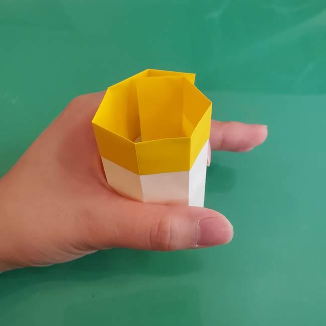 11月の折り紙 きのこの折り方 立体ver.②折る(3)