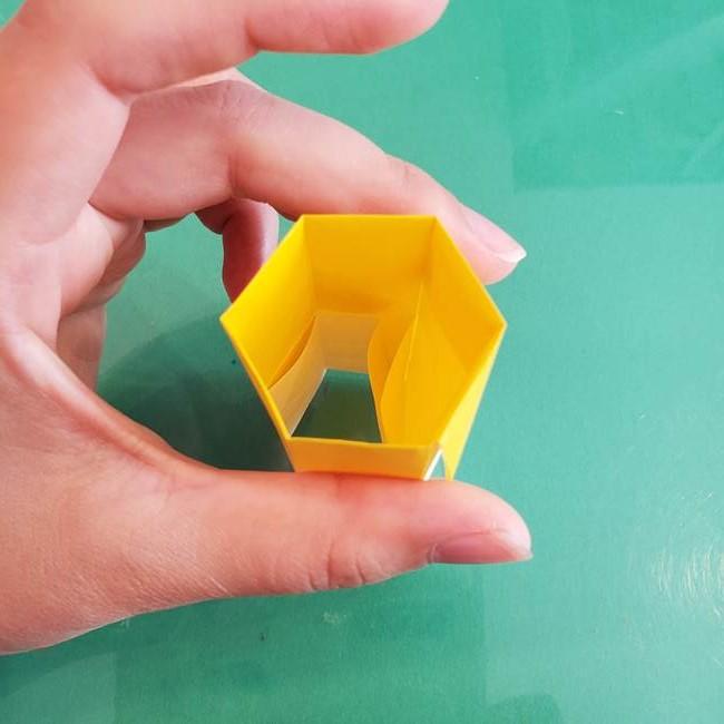 11月の折り紙 きのこの折り方 立体ver.②折る(8)
