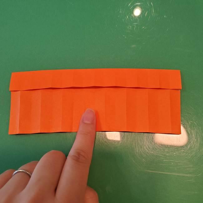 かぼちゃの折り紙 立体で難しいジャックオーランタンの折り方作り方②折る(1)
