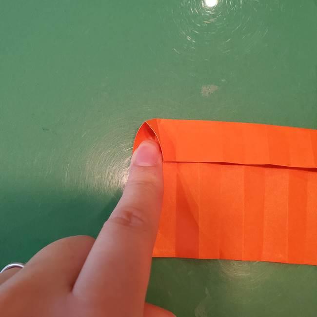かぼちゃの折り紙 立体で難しいジャックオーランタンの折り方作り方②折る(3)