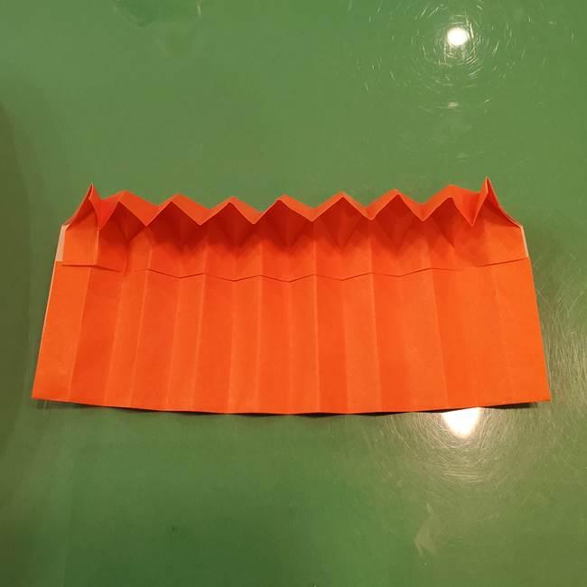 かぼちゃの折り紙 立体で難しいジャックオーランタンの折り方作り方②折る(9)