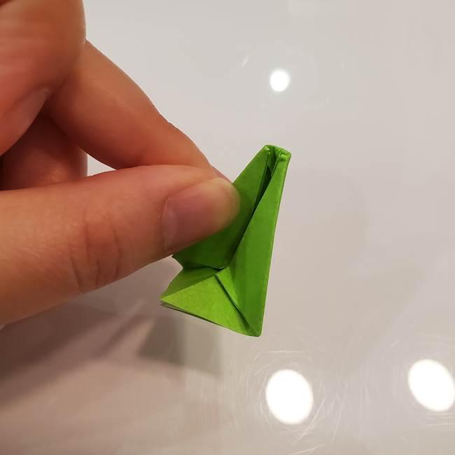 かぼちゃの折り紙 立体で難しいジャックオーランタンの折り方作り方③へた(13)