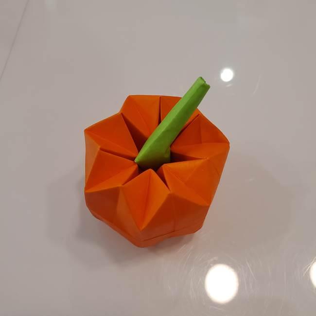 かぼちゃの折り紙 立体で難しいジャックオーランタンの折り方作り方③へた(20)