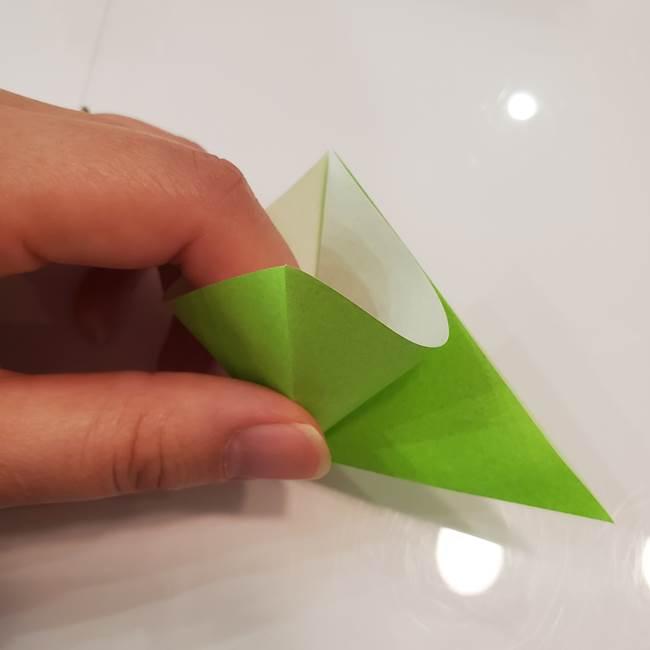 かぼちゃの折り紙 立体で難しいジャックオーランタンの折り方作り方③へた(4)