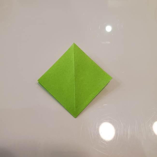 かぼちゃの折り紙 立体で難しいジャックオーランタンの折り方作り方③へた(7)