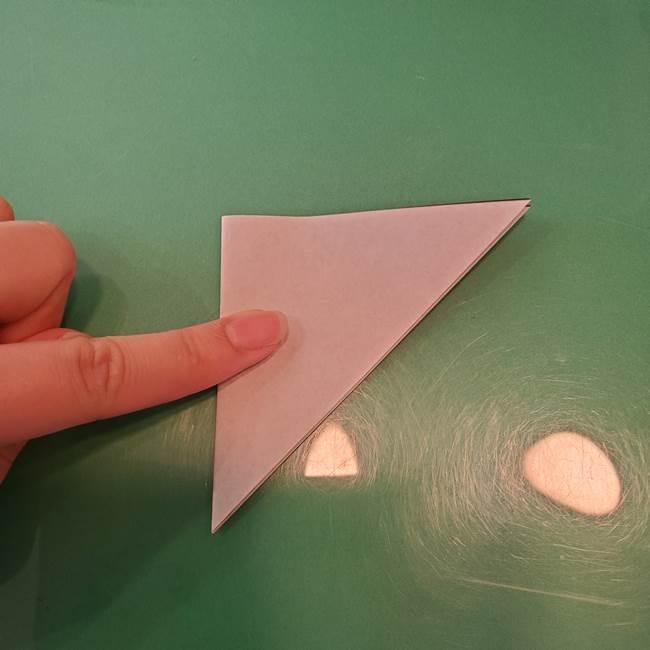 ハロウィンの折り紙 切り絵のコウモリの切り方折り方②切り方(1)