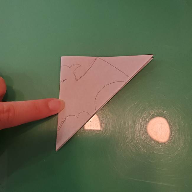 ハロウィンの折り紙 切り絵のコウモリの切り方折り方②切り方(2)