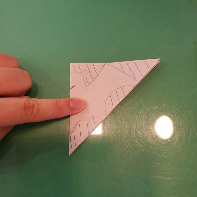 ハロウィンの折り紙 切り絵のコウモリの切り方折り方②切り方(3)