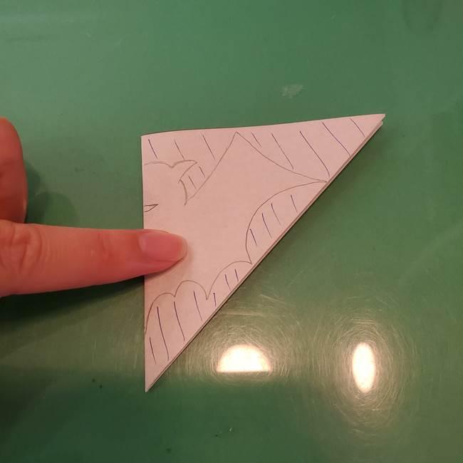 ハロウィンの折り紙 切り絵のコウモリの切り方折り方②切り方(4)