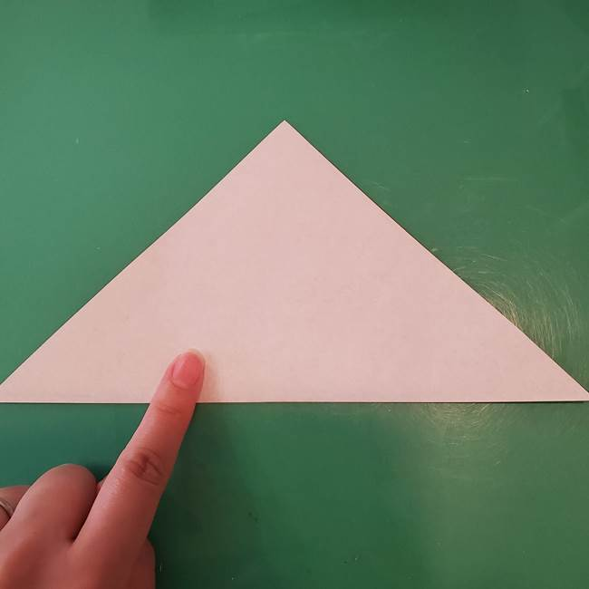 蜘蛛の巣の折り紙 切り絵の切り方折り方①折り方(2)