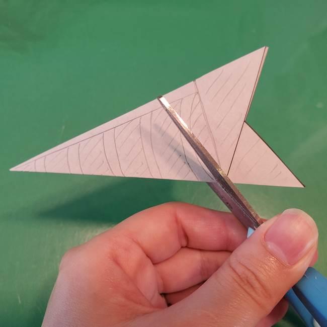 蜘蛛の巣の折り紙 切り絵の切り方折り方②切り方(3)