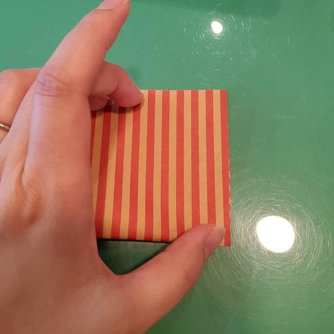 飴のラッピングできる折り紙の折り方(6)