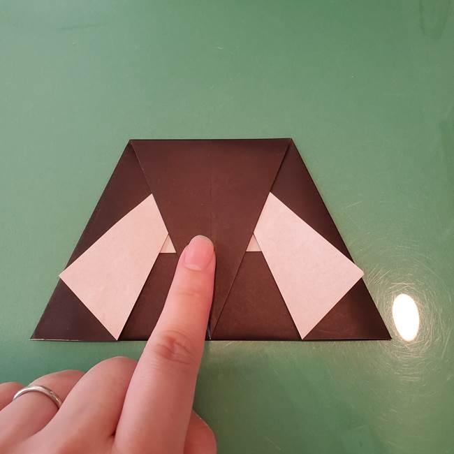 魔女の折り紙 幼児でも簡単な折り方作り方①折る(14)