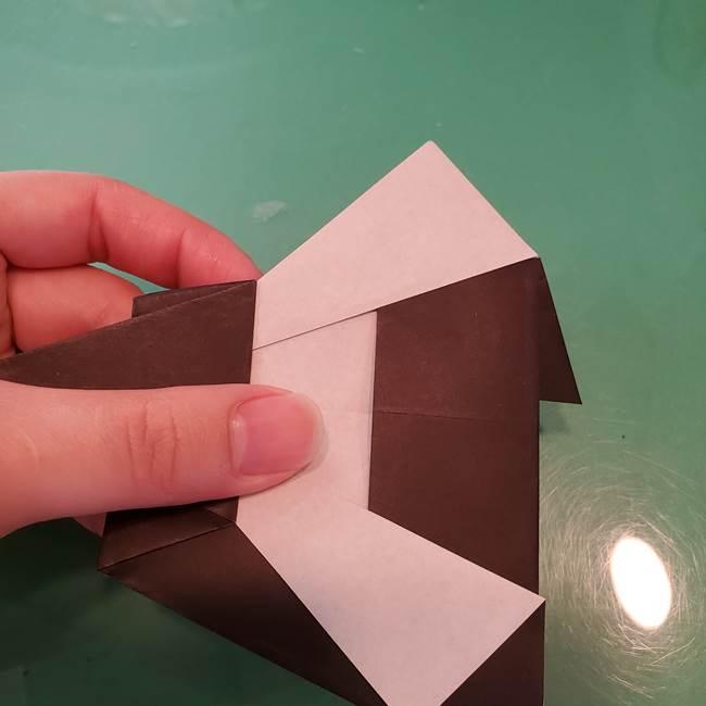 魔女の折り紙 幼児でも簡単な折り方作り方①折る(18)