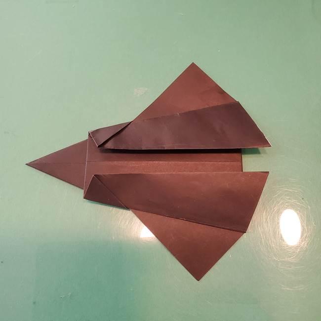 魔女の折り紙 幼児でも簡単な折り方作り方①折る(19)