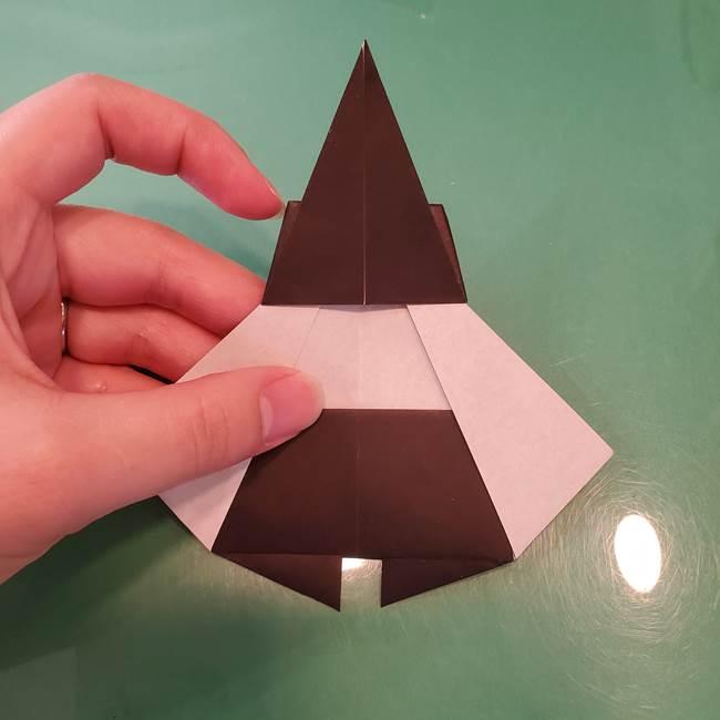 魔女の折り紙 幼児でも簡単な折り方作り方①折る(20)