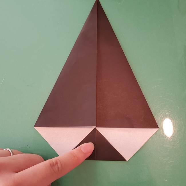 魔女の折り紙 幼児でも簡単な折り方作り方①折る(7)