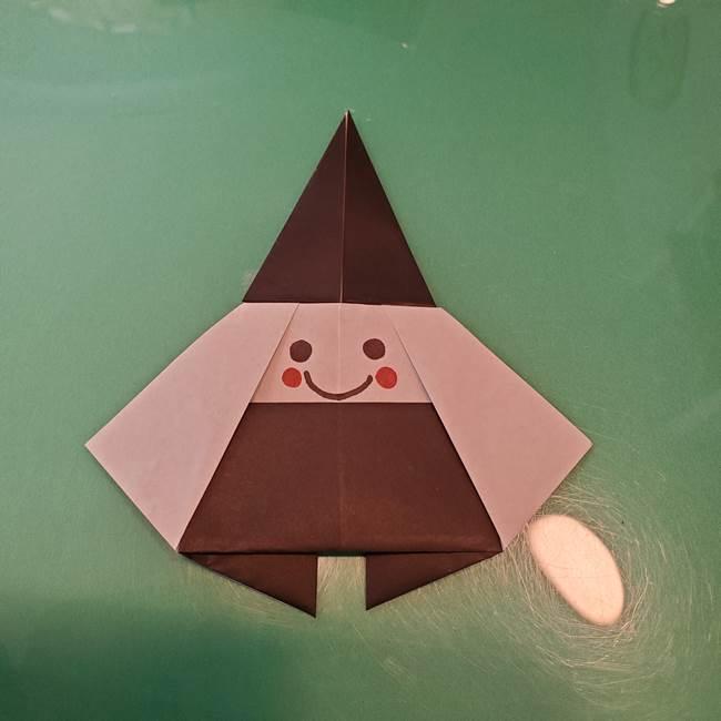 魔女の折り紙 幼児でも簡単な折り方作り方②顔(3)