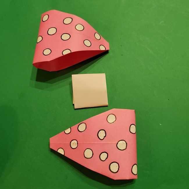 ミニーちゃんのリボンの折り紙 折り方作り方 (26)